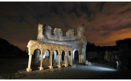 Old Mellifont Abbey - Lavabo at night