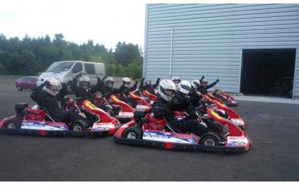 Whiteriver Karting - group